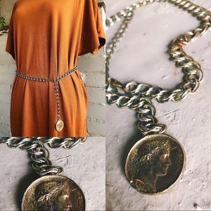 Vintage 1970's Gypsy Roman Style Gold Chain Belt